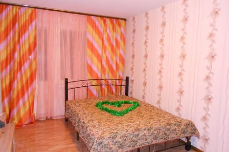 Сдается 2-комнатная квартира посуточнов Казани, Чистопольская,61.