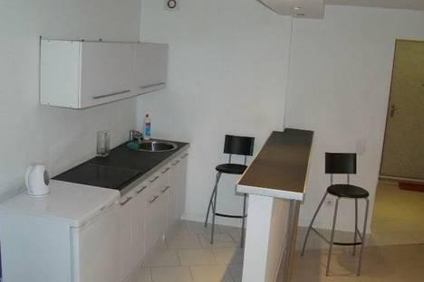 Сдается 1-комнатная квартира посуточнов Кирове, Комсомольская 63.