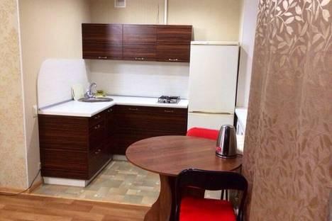Сдается 1-комнатная квартира посуточнов Кирове, Азина 80.
