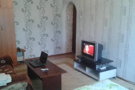 Сдается 1-комнатная квартира посуточно в Таразе, ул. Толе би, 48.