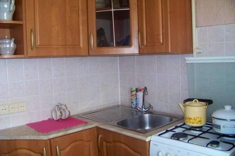 Сдается 1-комнатная квартира посуточнов Орске, Ленинского Комсомола, 28.