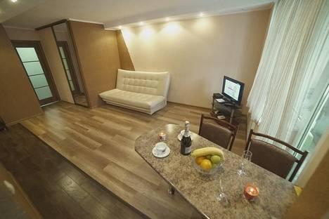 Сдается 2-комнатная квартира посуточно в Калуге, ул. Баррикад, д. 149.