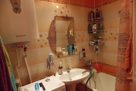 Сдается 2-комнатная квартира посуточно в Стерлитамаке, ул. Волочаевская, 18.
