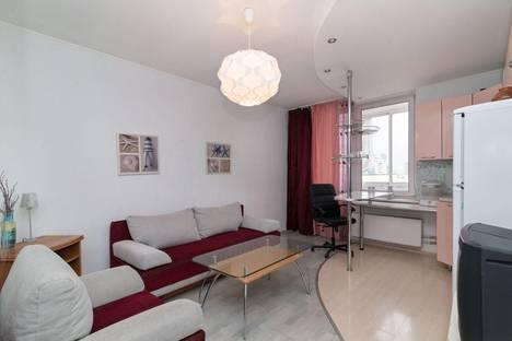 Сдается 2-комнатная квартира посуточно в Златоусте, квартал Медик, 7.