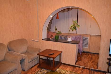 Сдается 3-комнатная квартира посуточно в Астрахани, Бориса Алексеева, 63/1.