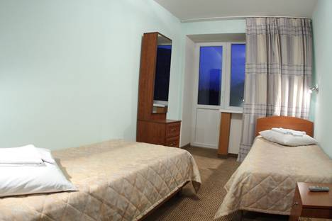 Сдается 1-комнатная квартира посуточно в Кировске, Ленинградская, 25.
