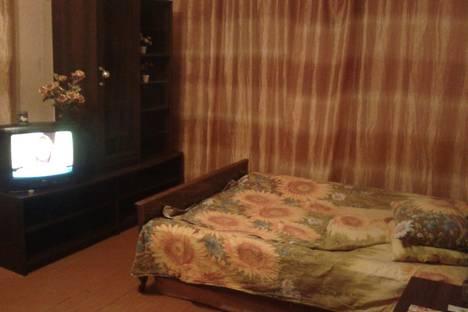 Сдается 1-комнатная квартира посуточно в Первоуральске, ул. Пушкина, 9.