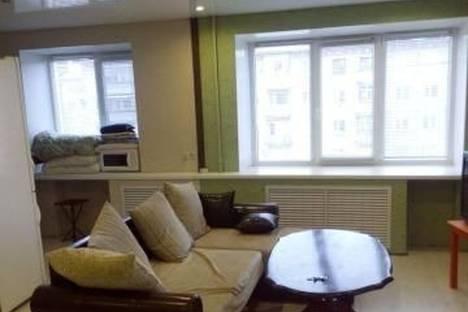 Сдается 1-комнатная квартира посуточно в Череповце, Ленина 99.