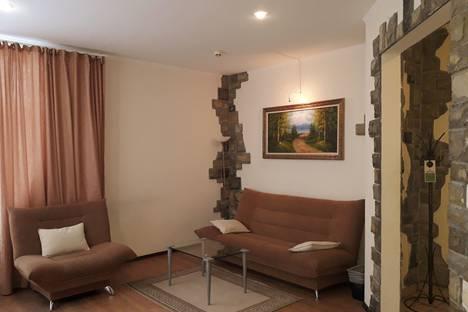 Сдается 2-комнатная квартира посуточно в Абзаково, Горнолыжная 33.