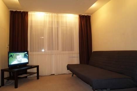 Сдается 1-комнатная квартира посуточнов Екатеринбурге, Университетский переулок, 3.