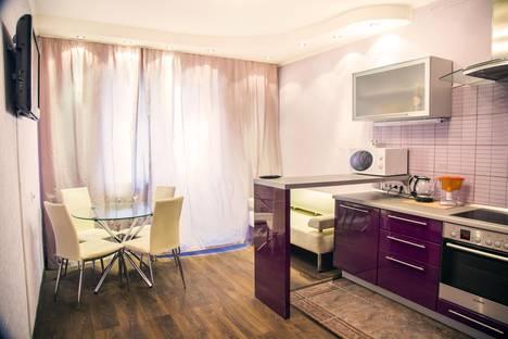 Сдается 2-комнатная квартира посуточнов Красноярске, ул. Авиаторов, 25.