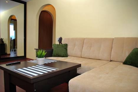 Сдается 2-комнатная квартира посуточнов Златоусте, Гагарина 3 линия, 10.