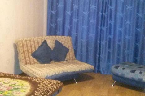 Сдается 3-комнатная квартира посуточно в Ижевске, ул. им Петрова, 33.