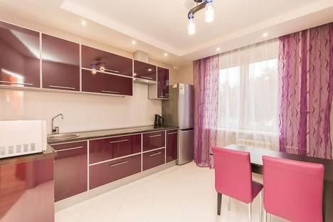 Сдается 2-комнатная квартира посуточнов Кстове, ул. Белинского, 38.