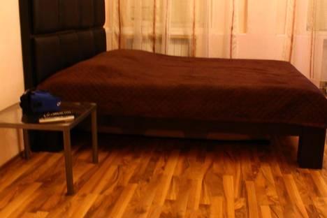 Сдается 1-комнатная квартира посуточнов Санкт-Петербурге, ул. Рылеева, 24.