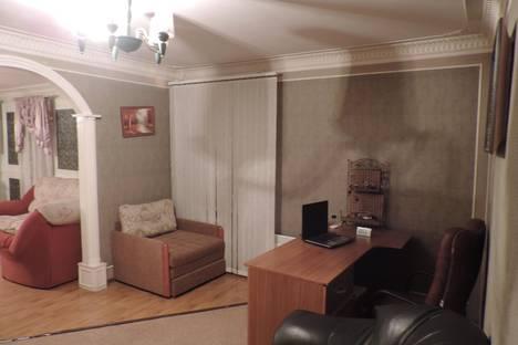 Сдается 3-комнатная квартира посуточнов Пензе, ул. Суворова, 157.