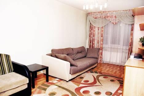 Сдается 2-комнатная квартира посуточно в Бийске, Советская 197/1.
