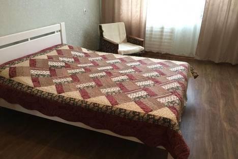 Сдается 1-комнатная квартира посуточнов Чебоксарах, проспект Ленина, 30.
