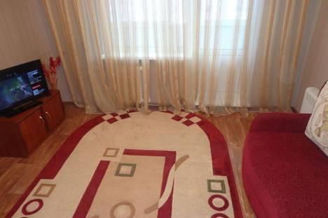 Сдается 2-комнатная квартира посуточно в Набережных Челнах, проспект Чулман, 58.