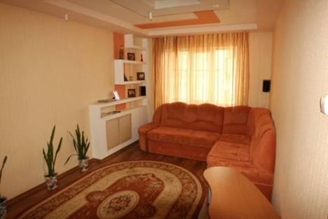 Сдается 4-комнатная квартира посуточно в Белгороде, ул. Буденного, 19.