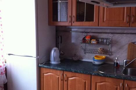 Сдается 2-комнатная квартира посуточно в Магадане, Карла Маркса, 57.