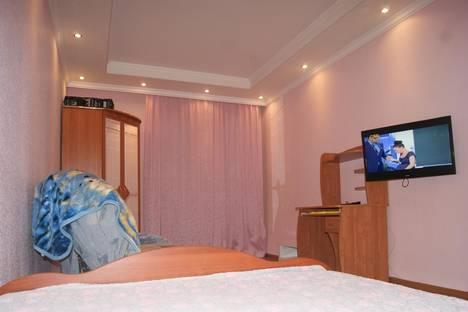 Сдается 1-комнатная квартира посуточно в Тобольске, ул. Октябрьская, 33.