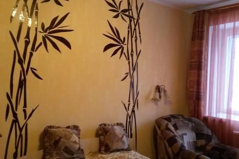 Сдается 2-комнатная квартира посуточнов Казани, ул.Симонова, 16.