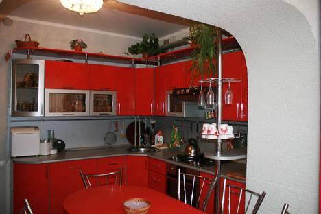 Сдается 3-комнатная квартира посуточнов Дивееве, Чкалова, 2В.
