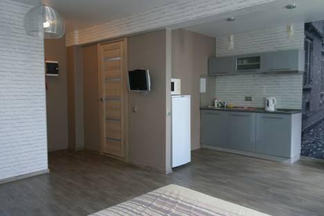 Сдается 1-комнатная квартира посуточнов Берёзовском, Крауля, 68.