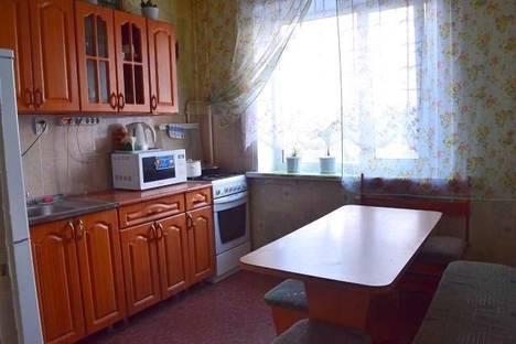 Сдается 2-комнатная квартира посуточно в Вологде, Ярославская 23.