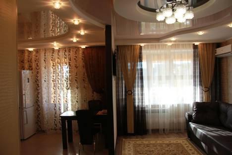 Сдается 2-комнатная квартира посуточно в Набережных Челнах, пр. Чулман 34а( 40/13а).