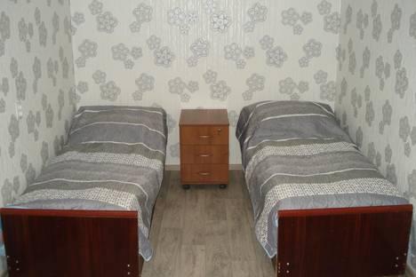 Сдается 2-комнатная квартира посуточно, Диановых, 10.