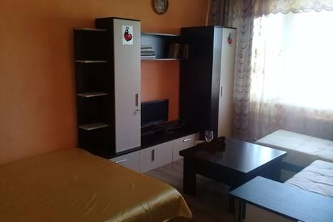 Сдается 2-комнатная квартира посуточно в Ейске, Плеханова 9\3.