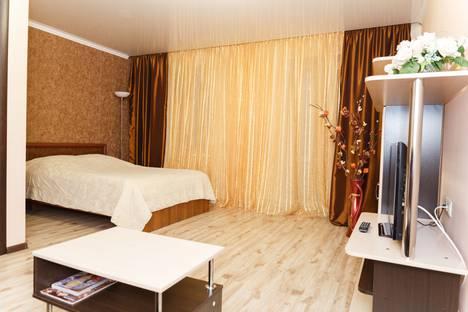 """Сдается 1-комнатная квартира посуточно в Нягани, Ленина, 1 мкр """"Оазис плаза""""."""