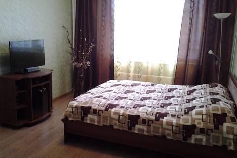 Сдается 1-комнатная квартира посуточнов Нягани, 2 мкр дом 24.