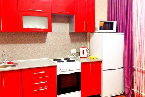 Сдается 1-комнатная квартира посуточно в Курске, проспект Вячеслава Клыкова, 52.