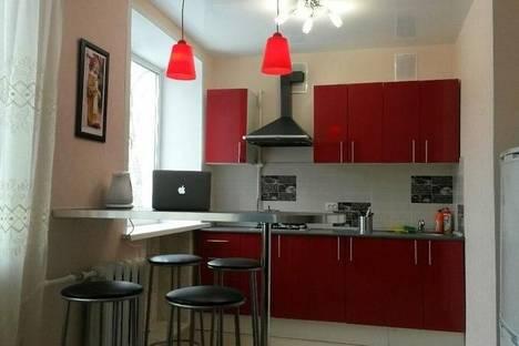 Сдается 3-комнатная квартира посуточно в Твери, ул. Тамары Ильиной, дом 7, корпус 1.