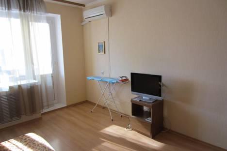 Сдается 1-комнатная квартира посуточно в Ростове-на-Дону, проспект Ленина, 101.