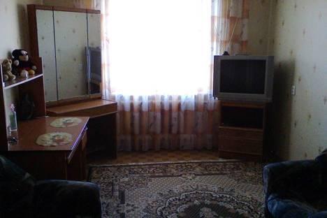 Сдается 1-комнатная квартира посуточнов Петропавловске, Парковая 161.