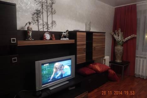 Сдается 2-комнатная квартира посуточно в Архангельске, проспект Дзержинского, 9.