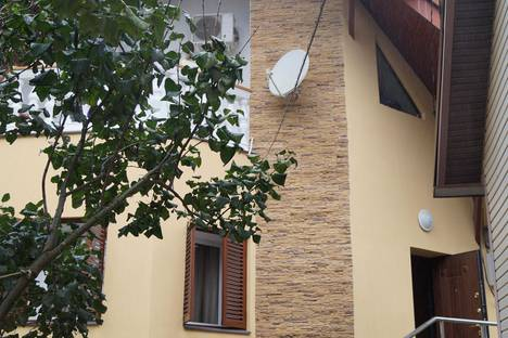 Сдается коттедж посуточно в Сочи, Турчинского 10.