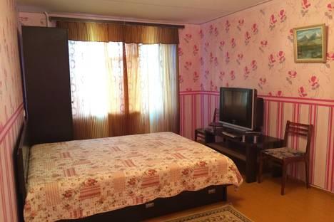 Сдается 1-комнатная квартира посуточнов Глазове, ул. Сибирская, 24.