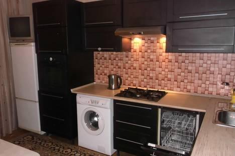 Сдается 3-комнатная квартира посуточнов Нижнекамске, ул. Чишмале, 1.