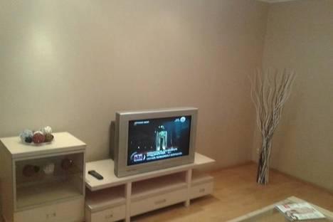 Сдается 2-комнатная квартира посуточно в Стерлитамаке, шафиева д1.