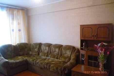 Сдается 3-комнатная квартира посуточно в Улан-Удэ, ул. Краснофлотская, 48.