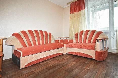 Сдается 1-комнатная квартира посуточно в Благовещенске, ул. 50 лет Октября 106.