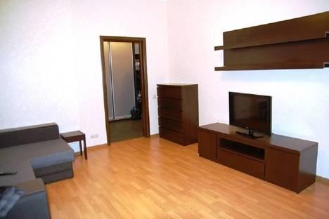 Сдается 1-комнатная квартира посуточнов Санкт-Петербурге, канал Грибоедова, 86.