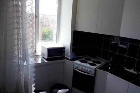 Сдается 2-комнатная квартира посуточнов Назарове, ул. Кузнечная, 2.