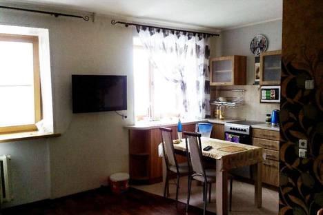 Сдается 2-комнатная квартира посуточно в Назарове, Карла-Маркса, 52.