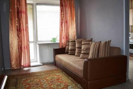 Сдается 3-комнатная квартира посуточно в Кемерове, ул. Весенняя, 19а.